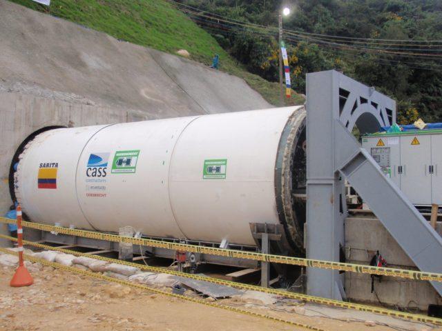 2. Marco de reacción para inicio para la TBM para el inicio del túnel de emergencia