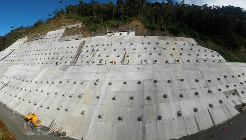 Panoramica muros anclados - Fuente Consorcio Ambiental San Francisco - Mocoa