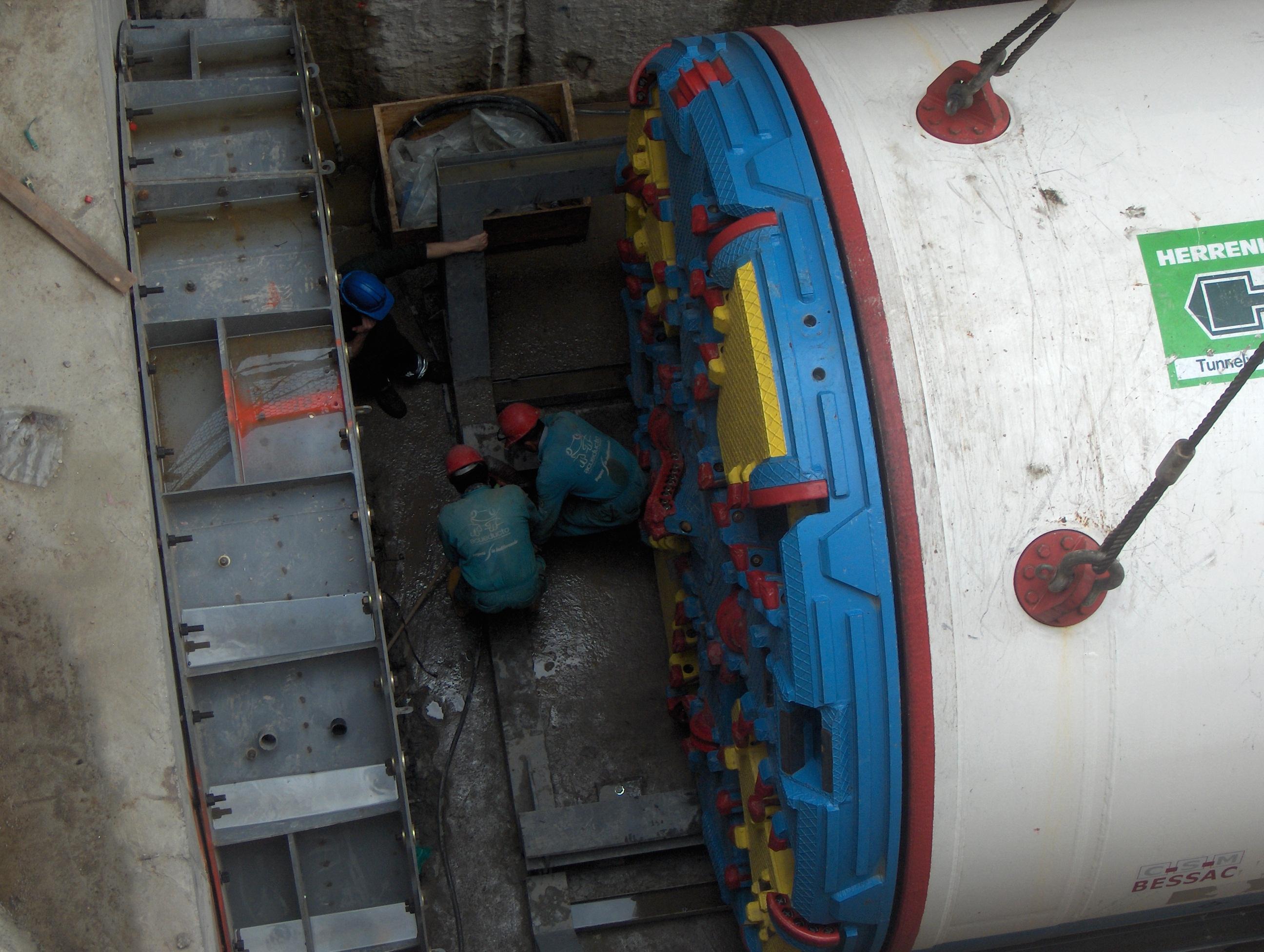 3.-Pozo-de-trabajo-Interceptor-Fucha-Tunjuelo.-Bogotá-D.C.-Cundinamarca