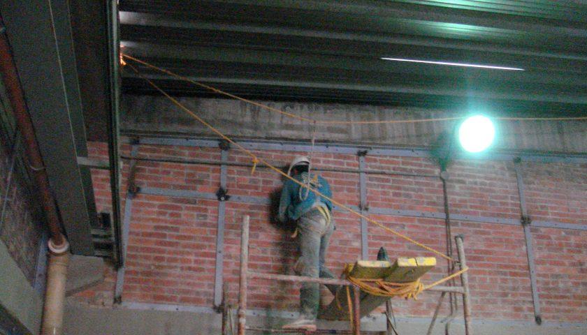 1. Estación de Bombeo Sierra Morena II, reforzamiento con platinas metálicas